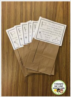 Letter of the Week Show and Tell Bags by www.teachingthelittlepeople.com