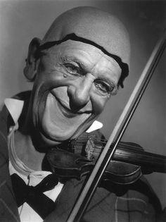 The clown Grock, Paris, 1952 -by Raymond Voinquel