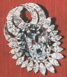 Nepal Diamond 79.41 carats (15.88 g), fine quality antique pear-shaped brilliant, sold by Harry Winston to private collector in 1961. Thought to have originated from the Golconda Mines. Color: colorless Cut Weight(carat): 79.41 Cut: Pear Country of origin: India
