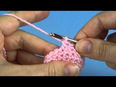 ▶ Invisible Decrease for Amigurumi (right-handed version) - YouTube