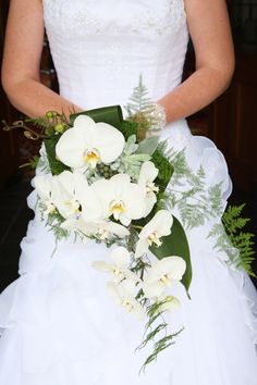 Phalaenopsis trailing bouquet interesting white orchid bouquet modern cascade