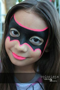 Simple face painting designs are not hard. Many people think that in order to have a great face painting creation, they have to use complex designs, rather then simple face painting designs. Batgirl Face Paint, Bat Face Paint, Superhero Face Painting, Girl Face Painting, Painting For Kids, Body Painting, Face Paintings, Face Painting Halloween Kids, Easy Face Painting