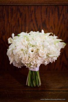 White Bridal Bouquet with Hydrangea Dream Wedding, Wedding Day, Wedding Stuff, Wedding Colors, Wedding Flowers, Hand Bouquet, Wedding Memorial, Timeless Wedding, Bride Bouquets
