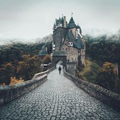 Fun facts: The center of this castle was built in 1290. To put that into perspective: That's exactly 200 years before Christopher Columbus first set foot on American ground. It was never destroyed and has remained in the possession of the original family since day one. Pretty crazy to think about.: