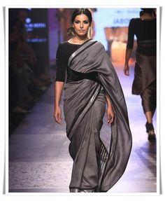 Classy saris blouses designs Head over to the site to learn more about --- #designersareeblouses #sariblouses Black Blouse Designs, Sari Blouse Designs, Saree Blouse Patterns, Saree Draping Styles, Saree Styles, Blouse Styles, Trendy Sarees, Fancy Sarees, Sari Dress