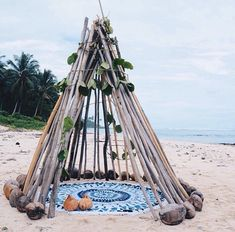 tipi styling perfect for a beach wedding or boho inspired wedding! Image via The Beach People Beach Bum, Summer Beach, Summer Vibes, The Beach People, Am Meer, Adventure Is Out There, Island Life, Cabana, Tahiti