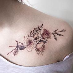 rose  #rosetattoo #flowertattoo #colortattoo #tattoo #tattoos #ink #hongdam #tattooisthongdam #장미타투 #꽃타투 #컬러타투 #타투 #홍담 #타투이스트홍담