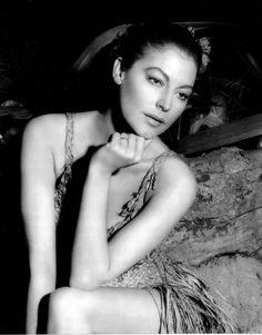 Ava Lavinia Gardner (December 24, 1922 – January 25, 1990) So beautifull MK