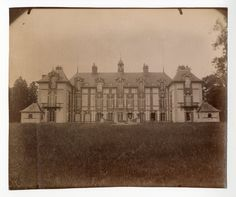 Eugène Atget, Château de Grosbois, Boissy Saint Léger    #Europe #France_Nouveautés #France_Nouveautés