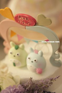https://flic.kr/p/SgusGY | TOTORO トトロ with wooden arch MochiEgg wedding cake topper | www.etsy.com/hk-en/listing/195796058/wedding-cake-topper?... topper #weddingideas #cakedecor #planning #weddingseason #ceremony #cakedesign #pastel #initials #customcaketopper #unique #gardenwedding #handmadecaketopper #cute #gift #weddingseason #claydoll #kikuikestudio #結婚式 #couple