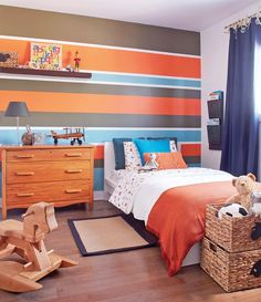 weekend: Striped room for Olivier Déco weekend: Striped room for Olivier Boys Bedroom Decor, Bedroom Colors, Bedroom Wall, Orange Boys Rooms, Striped Room, Home Room Design, Boy Room, Week End, Home Decor