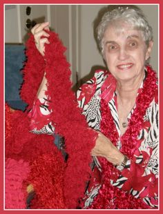 A warm thank you to WomenHeart Champion Joan Kindle, who has knit 2,000 HeartScarves to donate to cardiac patients and Support Network attendees. The scarves are packaged with vital heart health information.