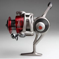 Picking The Best Spinning Reel – Guide: Fishermen, now days, are more inclined to buy spinning reels rather than the casting ones. It's because the spinning reels are easy to use and they perform well in all aspects which include fighting a fish, dragging, and pulling the fish out of the water. To make the fishing process even easier, spinning reels of different varieties are being sold in the market.