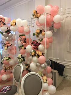 Balloon Frame, Balloon Ideas, Balloon Columns, Balloon Garland, Balloon Arch, Stage Decorations, Balloon Decorations, Wedding Decorations, Becoming An Event Planner