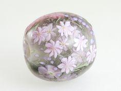 本山すみ子とんぼ玉(ビーズ)作品 -  Japanese lampwork artist - not identified in English