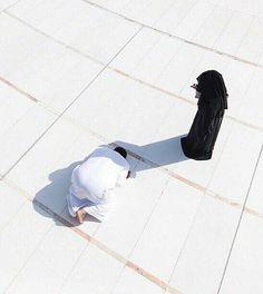 Muslim Couple Quotes, Cute Muslim Couples, Cute Couples, Wedding Couples, Muslim Couple Photography, Photography Poses, Wedding Photography, Islam Marriage, Masjid Al Haram