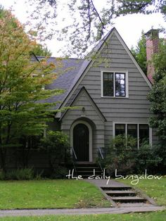 Daily Bungalow - SE Portland, Ladd's Addition Neighborhood on Flickr.  English Cottage Style