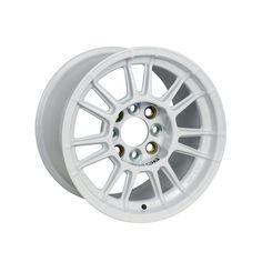 X3MAZero 13 White is a contemporary-style racing wheel that recalls the glorious rims of the past, being perfect for historic cars also. #WHEEL #EVOCORSE #CIRCUIT #MADEINITALY #RALLY #WHITE #X3MAZERO #X3MAZERO13
