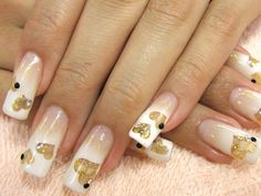 Airbrush nails (ideas, tips and designs) Funky Nails, Cute Nails, Pretty Nails, My Nails, Stiletto Nails, Glitter Nails, Glitter Hearts, Nail Art Designs, Airbrush Nail Art