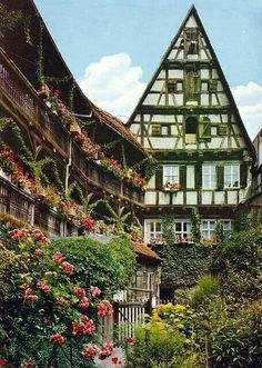 Hezelhof - Dinkelsbühl - Germany - Hezelhof: patrician House from the 16th century with a beautiful courtyard and three-storey wooden Gallery