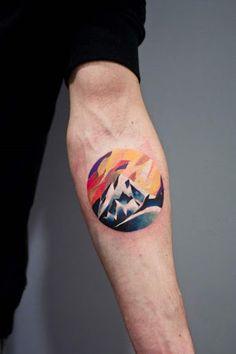 Este colorido antebraço tat http://tatuagens247.blogspot.com/2016/08/montanha-de-tirar-o-folego-tatuagens.html