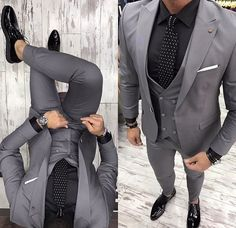 Gray Groom Tuxedos 2019 Groomsman Suit British Style Wedding Prom Suits For Men Bridegroom Suit(Jacket Pant Vest Tie) - Herren Outfit - Source by weddingJessica outfits pants Smoking Gris, Dress Suits, Men Dress, Men's Suits, Prom Suits For Men, Prom Suits 2019, Best Suits For Men, Vest And Tie, Suit Vest