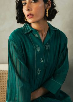 Indian Ethnic, Designer Wear, Indian Fashion, Kurti, How To Wear, Women, India Fashion, Woman, Indie Fashion