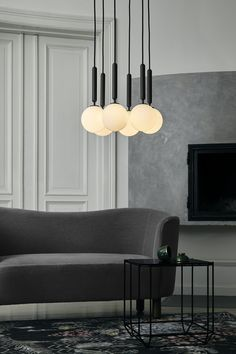 30 Absolutely Brilliant Ideas for Your Small Living Room 2018 Room color ideas Modern interior design Living room ideas modern Living room inspiration Purple living room Teal living room ideas Modern Interior Design, Interior Design Living Room, Living Room Designs, Luxury Interior, Teal Living Rooms, Living Room Modern, Small Living, Small Room Design, Family Room Design