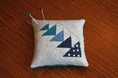 Quilting is more fun than Housework...: Another Little Distraction