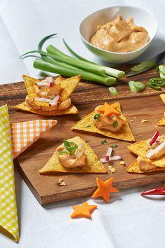 Nachos mit Käse Dip Milkana Chili. Ein einfaches Fingerfood-Rezept auf ich-liebe-käse.de