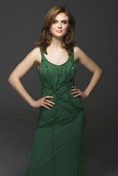 Emily Deschanel green dress