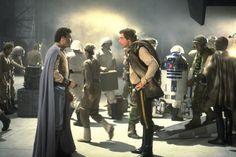 Billy Dee Williams and Harrison Ford performing on rebel hangar set. Star Wars Love, Star Wars Art, Star Trek, Saga, Billy Dee Williams, Han And Leia, Lando Calrissian, Original Trilogy, George Lucas