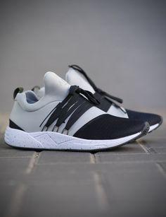 ARKK Copenhagen RAVEN AS1421-2299-M Light Grey Sneaker Grey Sneakers, Adidas Sneakers, Arkk Copenhagen, Fresh Kicks, Classic Man, Mens Clothing Styles, Sports Shoes, Shoe Game, Neue Trends