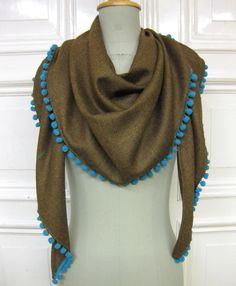 """bomela"" shawl with pompons"