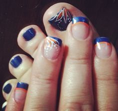 Gator Nails- so gonna get! Fancy Nails, Cute Nails, Pretty Nails, Toe Nail Art, Acrylic Nails, Broncos Nails, Hair And Nails, My Nails, Football Nail Art