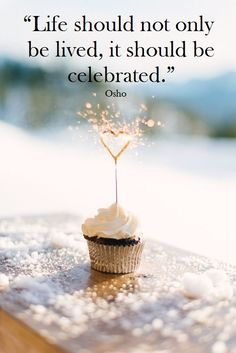 Osho, 1931-1990. Indian mystic. >> www.osho.es                                                                                                                                                      More