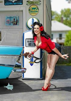 pin ups, rockabilly, burlesque and more : Photo