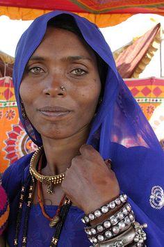 India | Nomadic woman at the camel fair in Pushkar, Rajasthan | © sensaos