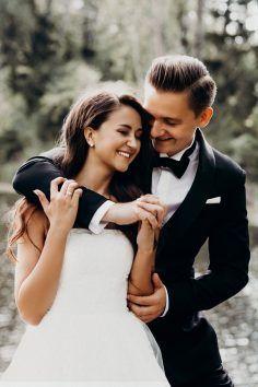Couple Photos, Couples, Garage, Weddings, Modern Bathrooms, Carport Garage, Bodas, Hochzeit, Couple Photography