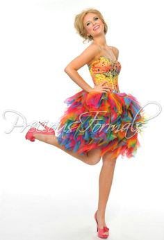 Wow this is such a beautiful bright colorful amazing dress