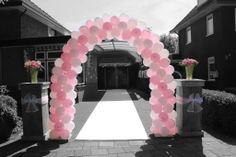 Mooie ballonnenboog voor een bruiloft in Nijverdal. www.ballonnendeal.nl