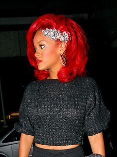 Rihanna Accessories. hair. outfit. good job.