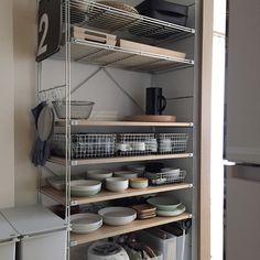 38 Handy Corner Storage Ideas that will Help You Maximize Your Space - The Trending House Studio Kitchen, Home Decor Kitchen, Kitchen Design, Corner Storage, Storage Spaces, Rustic Closet, Home Inc, Japanese Interior, Master Bedroom Closet