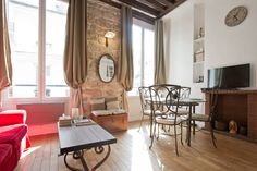 Charming apartment in Le Marais, two beds.