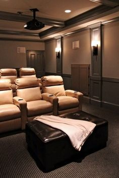 Decorating your Home Theater on a Budget Home Theater Rooms, Home Theater Design, Cinema Room, Basement Movie Room, Hill Country Homes, Ceiling Treatments, Traditional House, Decorating Your Home, Decorating Ideas