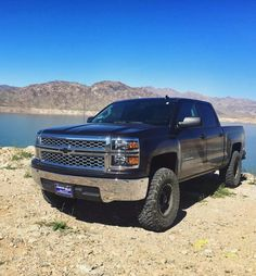 Silverado with Method wheels 2015 Chevy Silverado, 2017 Chevrolet Silverado 1500, Silverado Truck, Lifted Chevy, Gm Trucks, Chevy Trucks, Dream Car Garage, Gmc Pickup, Trucks And Girls