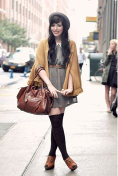 How To Wear Belts Automne - The Shoppeuse Plus - Discover how to make the belt the ideal complement to enhance your figure. Estilo Hipster, Estilo Preppy, Cute Christmas Outfits, Cute Outfits, Christmas Time, Emo Outfits, Party Outfits, Christmas Sweaters, Looks Style