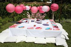 Buttercream Buzz: Japanese Themed Birthday Party Everything on the floor to make it authentic Japanese 10th Birthday Parties, Tea Party Birthday, Birthday Party Themes, Birthday Ideas, Disney Birthday, 20th Birthday, Japanese Theme Parties, Japanese Party, Japanese Doll