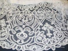 Battenberg Lace: By Hand, Lots of It, No Seam - Melina Roake Needle Lace, Bobbin Lace, Lace Tape, Romanian Lace, Fibre And Fabric, Braid Designs, Lacemaking, Passementerie, Tatting Lace