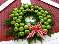 Holiday Wreath w/ Fresh Apples.